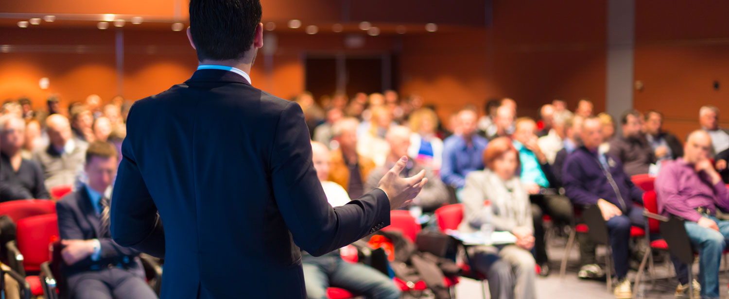 business coach in toronto speaking to an audience